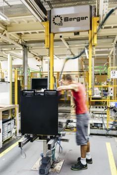Sondermaschinen Gehäusehandling
